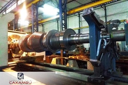Usinagem de cilindros hidraulicos